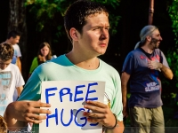 free-hugs_100_14072012-site