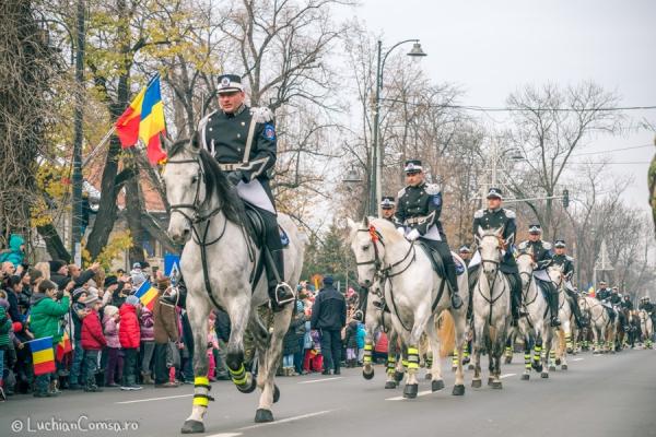 parada-1-decembrie-bucuresti_01122013_0224-site