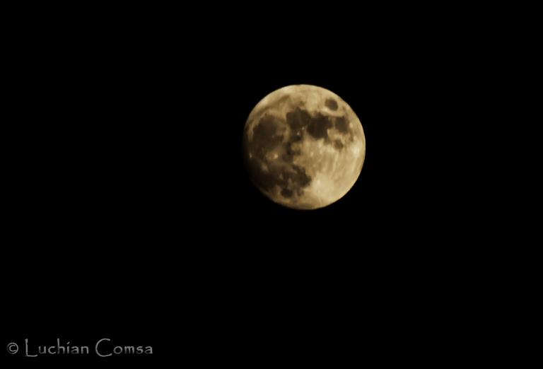 Luna si farmecul ei! – Eclipsa Totala