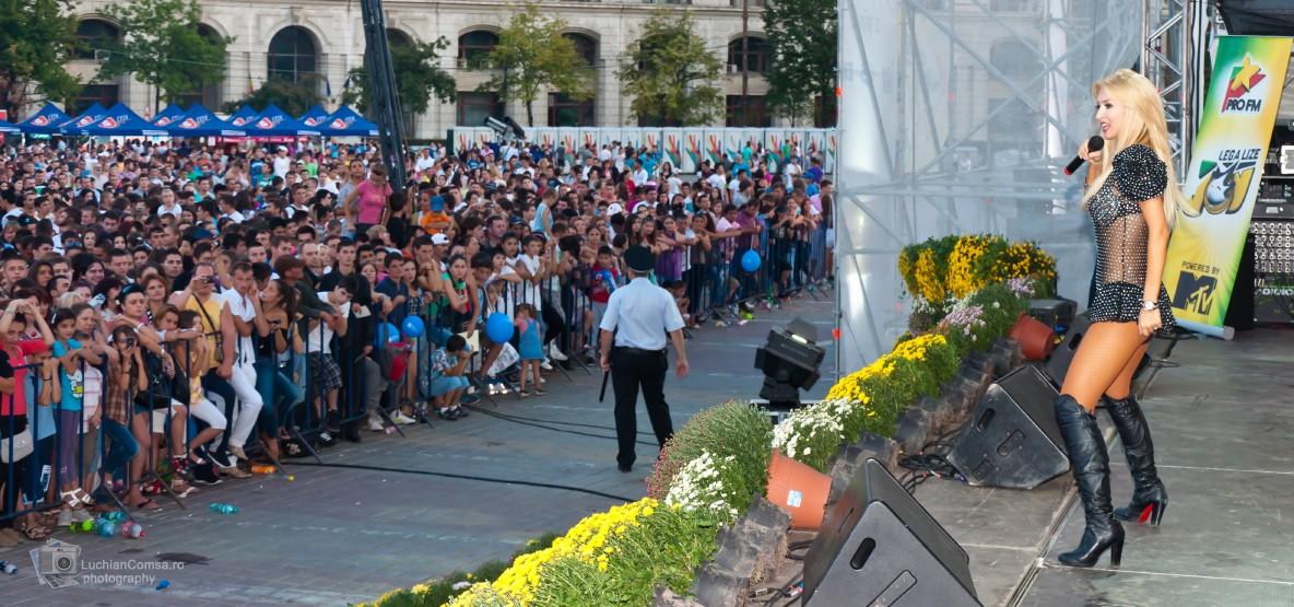 Andreea Balan – Zilele Bucurestiului 2011 (Poze)