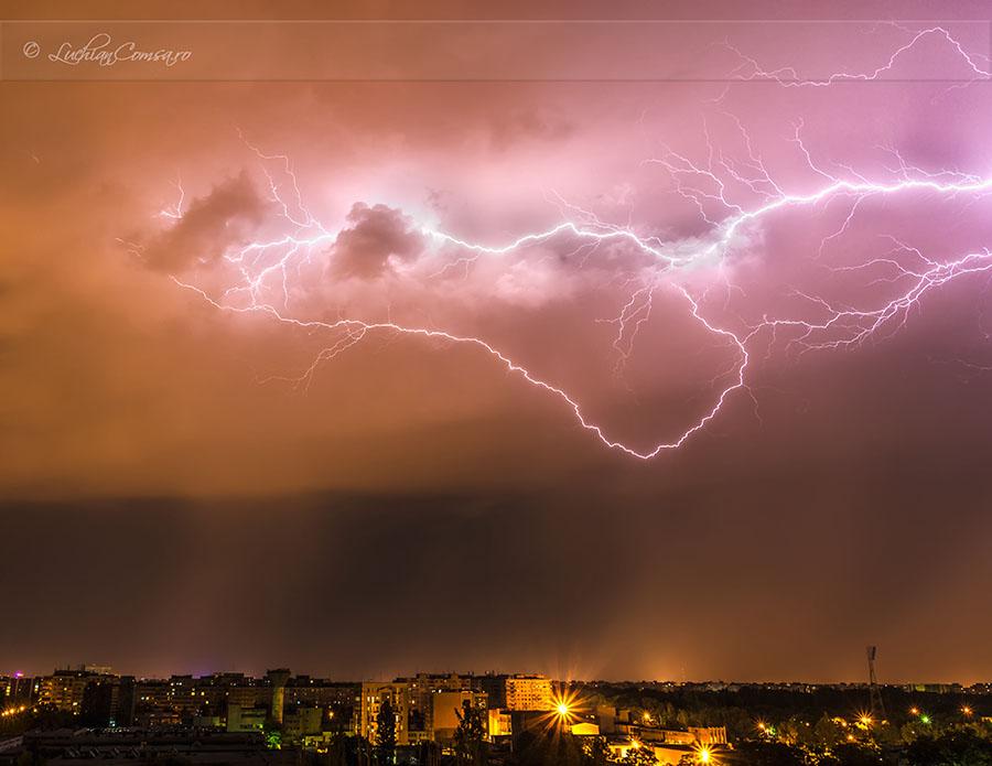 Tunete si fulgere! Bucuresti – 12.05.2012