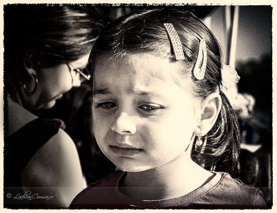 O fetita trista!