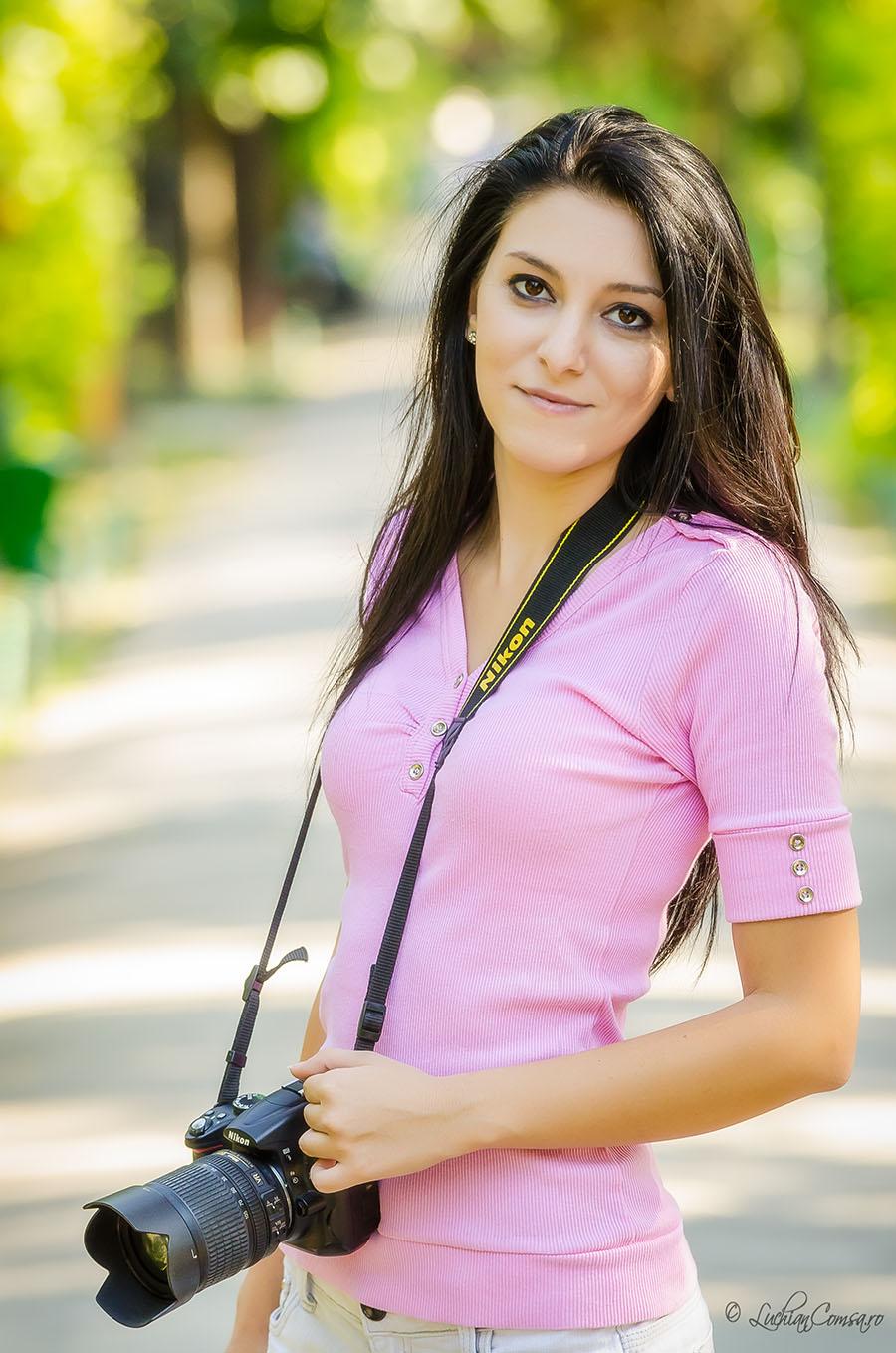 Nikon Girl!
