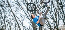 Biciclete in aer @ Parcul Herastrau