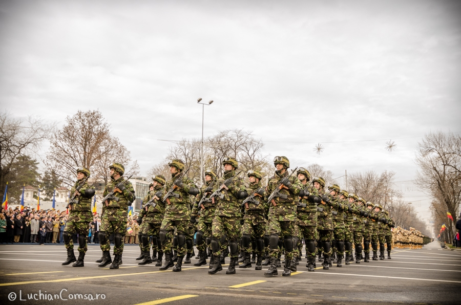 parada-militara-bucuresti_01122012_372-site