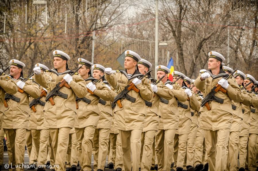 parada-militara-bucuresti_01122012_390-site
