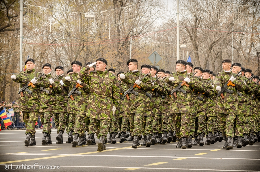 parada-militara-bucuresti_01122012_395-site