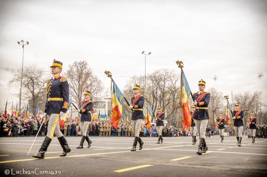 parada-militara-bucuresti_01122012_690-site